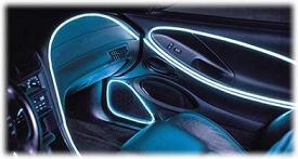 gebruik neondraad om de contouren van je auto aan te scherpen je kunt het interieur accentueren met neondraad over het dashboard het stuur